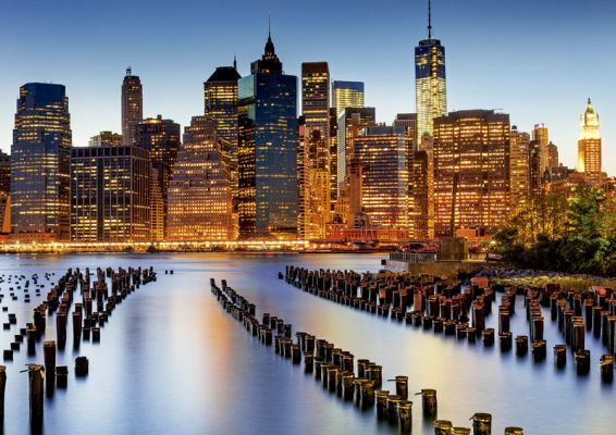 """Картонен пъзел """"Градът на небостъргачите""""- 1000 части"""